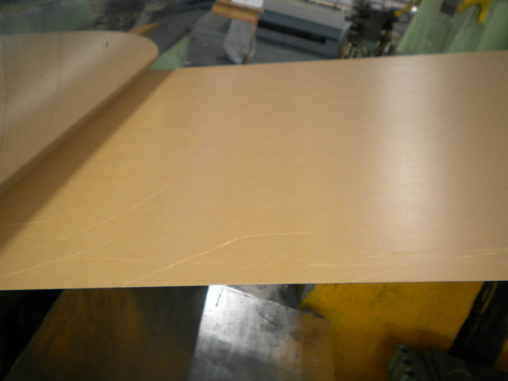 1100 H14 aluminum alloy sheet with kraft paper thickness 0 . 5mm - 0 . 7mm