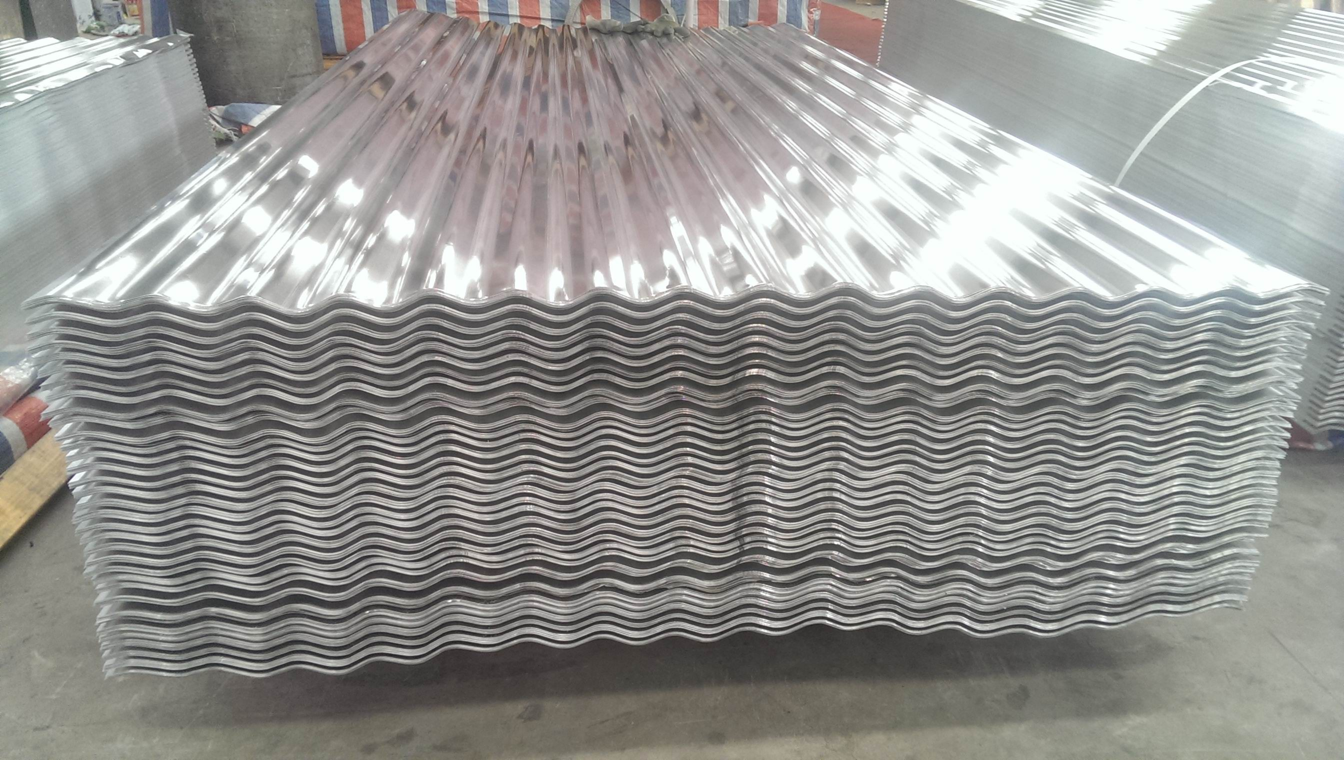 Professional Corrugated Aluminium Sheet 600 * 600mm For Wall Panel Non - Magnetic