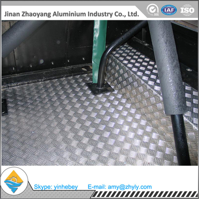 2.5mm Aluminium Alloy Lembar Aluminium Stair Checker Plat 5 Bar 3003 H14 / H24